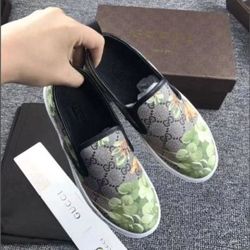 Gucci Flowers Design Loafer Shoes Flat Casual Shoes2