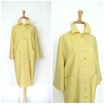 Vintage 60s Coat / 1960's Coat / yellow wool coat / mod coat / womens outerwear / fall fashion / knee length coat / medium large