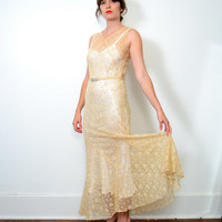 1930s Taupe Floral Lace Wedding Dress // Small // Medium