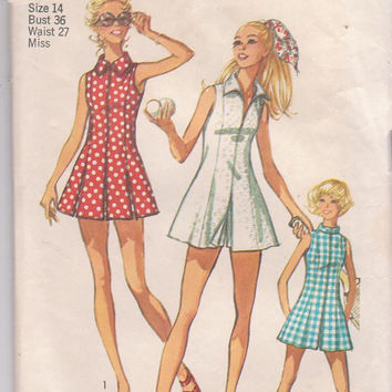 Vintage 1970s sleeveless tennis dress pattern with front separating zipper, shorts misses size 14 bust 36 Simplicity 9406 CUT and COMPLETE