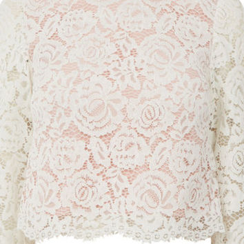 LACE BUTTON BACK TOP