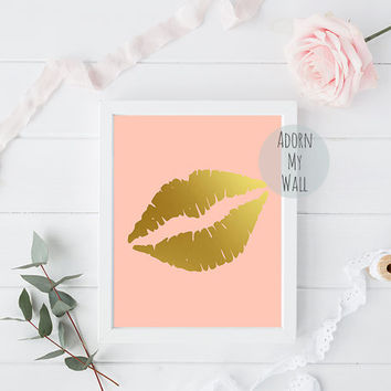 Lips print, gold lips print, gold lips, lips,fashion print,kiss print,instant download,wall art, gold print,home decor,lip print,lips poster