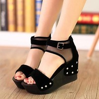 [$32.16] Women's Shoes Patchwork Grenadine Breathe Freely Wedge Heel Peep Toe / Platform Sandals Dress / Casual Black
