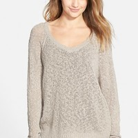 Junior Women's Sun & Shadow Slub Knit V-Neck Pullover,