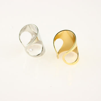 Hollow Beamy Knuckle Ring