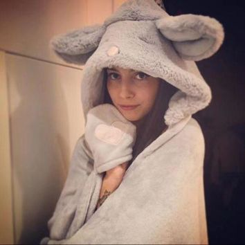ESBONN Cute Rabbit/Mouse Hooded Keep warm Blanket Plush Cloak Lovely shawl Comfortable Home
