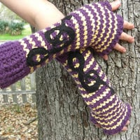 Custom Armwarmers by ~Pyrorin on deviantART