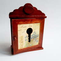 Small key box wall cabinet retro vintage style romantic