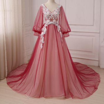 Long Sleeves Evening Dresses Court Train Tulle A-line Formal Party Evening Gowns with Applique Feather