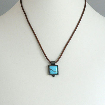 Turquoise Choker Necklace With Drop Pendant