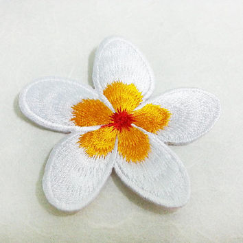 White & Orange  PlumeriaI Iron on Patch /Frangipani Flower/ Flower Patch /Embroidered Flower Iron on Patch / Flower Applique (6.6x6.7cm)