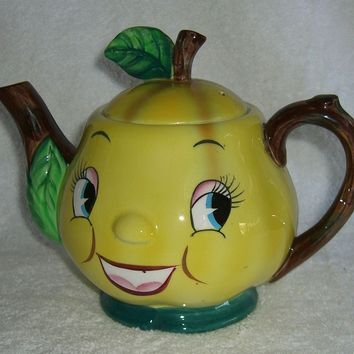 Vintage Holt Howard Teapot Anthropomorphic Yellow Pear Smiling Fruit PY Mid-Century Kitsch
