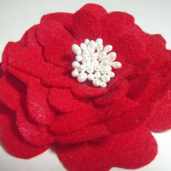 Handmade felt brooch pin Red flower with white center fabric pin