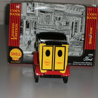 1912 Ford Motor DeliveryTruck w/Shell Motor Oil Co 1:24 Scale die cast bank