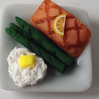 Miniature Grilled Salmon Dinner