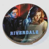 "Licensed cool CW RIVERDALE High Jughead Betty Kiss 1 1/4"" Button Pin Back Pinback Licensed"