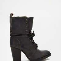 Steve Madden Jupitrr Black Lace Up Heeled Boots