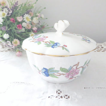 Aynsley vintage bowl, Pembroke design, Aynsley Pembroke bowl, Aynsley lidded bowl, Mothersday gift, Birthday gift, Aynsley display china