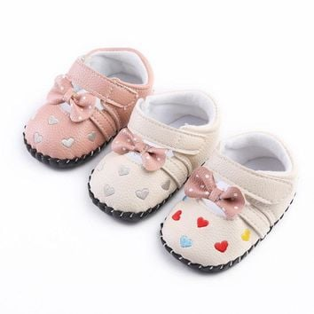 Kyra Crib Shoes