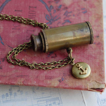 World Traveler SPY GLASS Necklace. Antique Brass Collapsing TELESCOPE Steam Punk Sailor Pirate