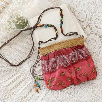 Exotic Floral Straw Weave Strap Cloth Handbag