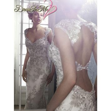 Crystal Beaded Cap Sleeves Silver Lace Appliqued Sheath Wedding Dress with Stunning Two Keyholes Back Vestidos de Noiva