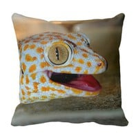 Close up portrait of Tokay gecko in TulaZoo Pillow