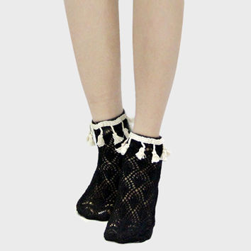 Lace Scalloped Tassel Ankle Socks - Black