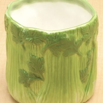 Bunch of Celery Ceramic Holder for dip gravy or dressing 4H