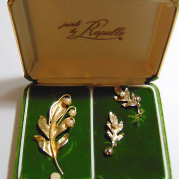 Vintage Jewels By Rapallo Leaf With Faux Pearls Brooch and Matching Clip On Earrings