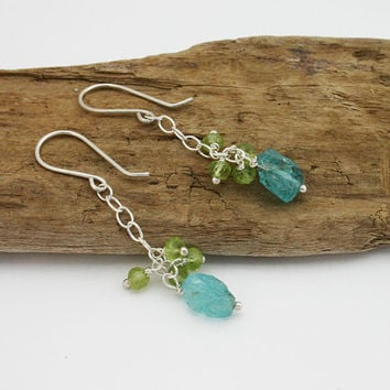 Raw blue apatite dangle earrings with green peridot and sterling silver. Dangle drop earrings. Handmade jewelry. Unique, modern