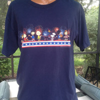 Peanuts Gang 4th of July T Shirt Snoopy Charlie Brown Fireworks Fourth of July Size XL