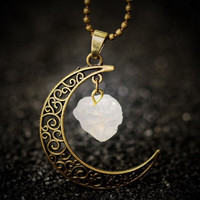 Vintage Moon Necklace Irregular Natural Stone Pendant Necklaces