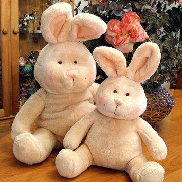 Adorable 'Mommy and Baby Bunny Rabbit' Set ~ Amscan, Inc. (Retired Vintage Collectible)