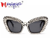 2018 Cat eye Sunglasses Women Brand designer Retro Vintage Bling Rhinestone Steampunk Sun glasses for Women eye shades