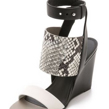 Vince Kyra Wedges