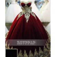Real Photos Burgundy Arabic Evening Dresses Long 2017 Sweetheart Neck Tulle Gold Lace Puffy Ball Gown Women Formal Gowns