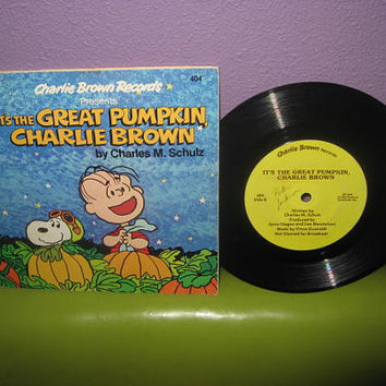 Rare Vinyl Record It's the Great Pumpkin, Charlie Brown Book and Record LP 1978 Children's Halloween Classics
