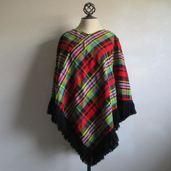 Vintage 1980s Plaid Poncho Textured Wool Blend Red Green Pullover Knitted 80s Cover Up Top OS