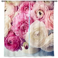 https://www.dianochedesigns.com/shop/shop-by-product/window-curtains/florals/curtain-sylvia-cook-shades-of-pink.html