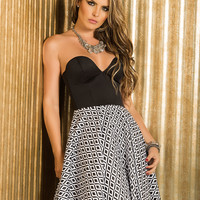Strap Or Strapless For This Sweetheart Bodice Summer Dress