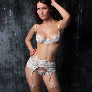 bridal lingerie, bridal lingerie set, wedding lingerie, wedding underwear, honeymoon lingerie, white lingerie, sexy white lingerie