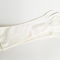 Vintage White Gloves Medium Length Gloves Vintage Gloves Womens Gloves Glove Size 6.5 Spring Gloves Church Gloves Costume Gloves