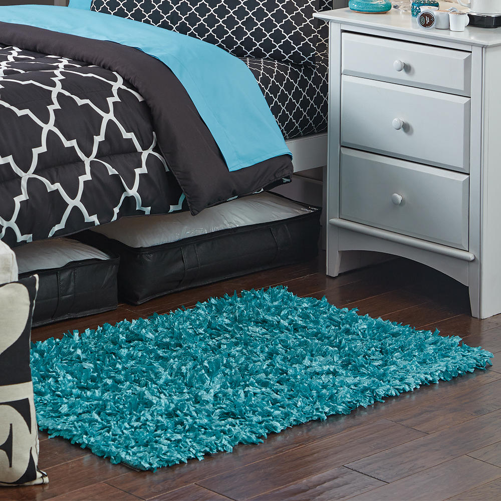 Small shag scatter rugs dorm room decor from on campus for Small room rugs