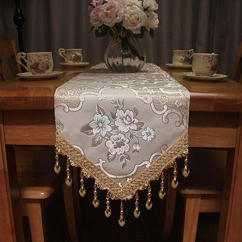 Light Luxury Bottom Hanging Table Runner