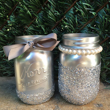 Glitter Mason Jars. Silver Mason Jars. Painted Mason Jars. Wedding Decor. Mason Jar Vases. Wedding Centerpieces. Home Decor. Room Decor.