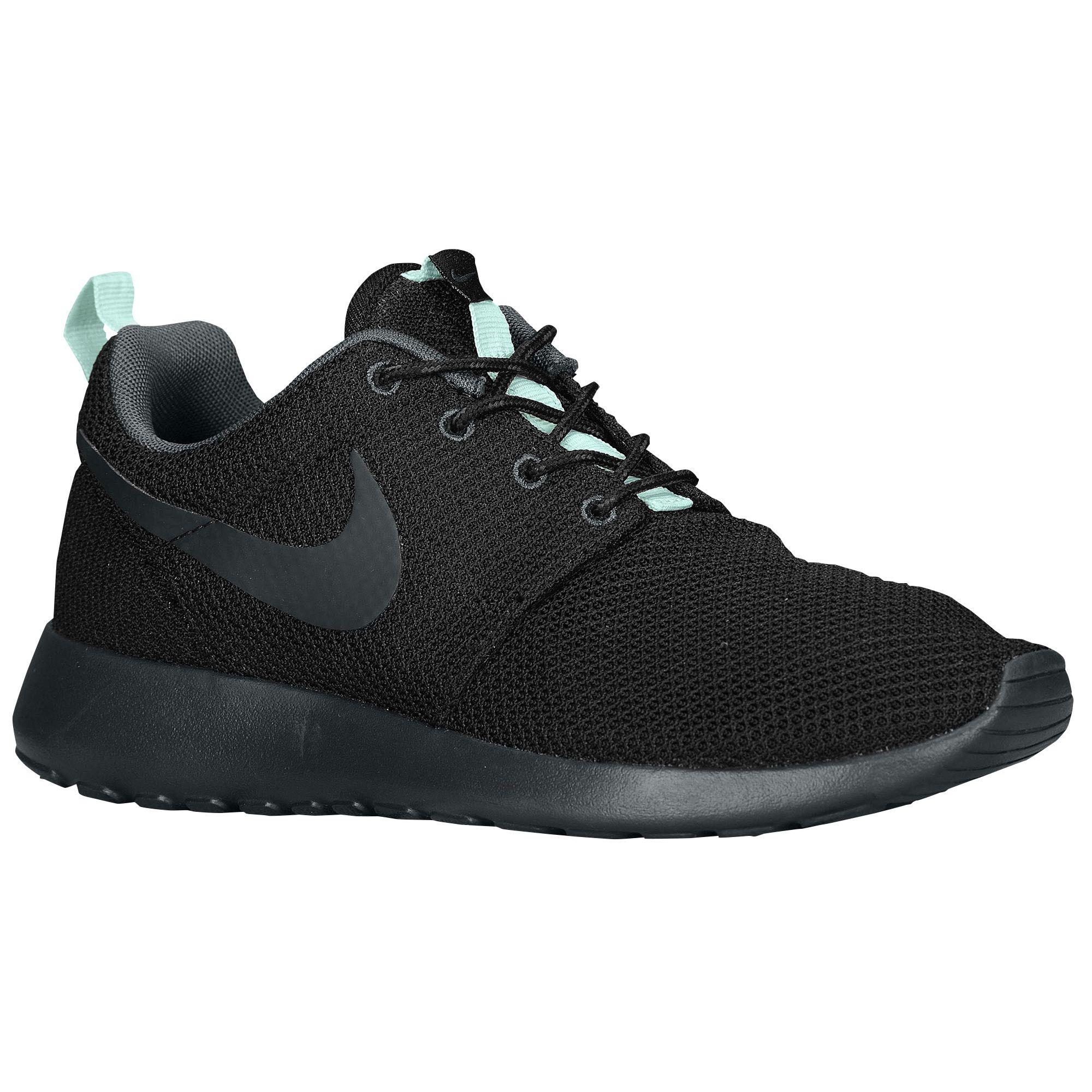 Nike Roshe Run - Women's at Champs Sports from Champs Sports