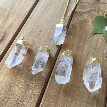 Raw Quartz Point Necklace // 24k Gold Dipped Electroplated Quartz Stone // Layering Necklace
