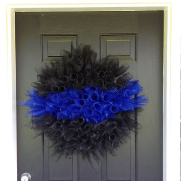 Police wreath- supporting the thin blue line