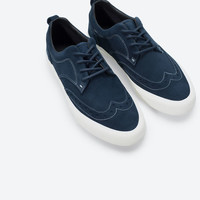 Suede sports brogue